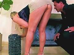 Abbey Brooks Sexy Housewife