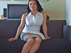 Amazing Homemade Cougar Big Tits Adult Clip