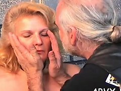 Attractive Floozy Is Masturbating In Front Of A Cam Nuvid