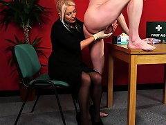Cfnm Milf Doctor Wanks And Teases Guys Cock Nuvid