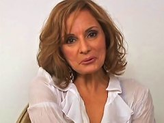 Mature Babe Delivers An Orgasmic Tit Job In Pov Shoot